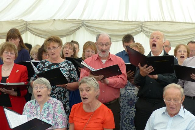 Singing Our Hearts Out! Summer Gala at East Lancashire Hospice June 2017